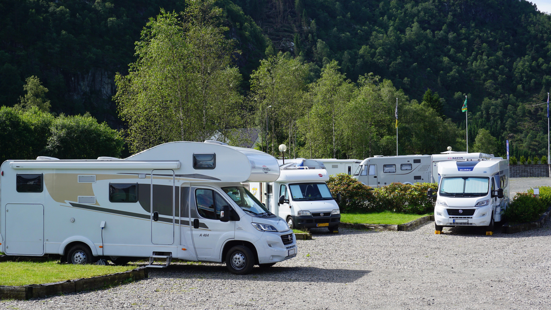 Bobiler på campingplass